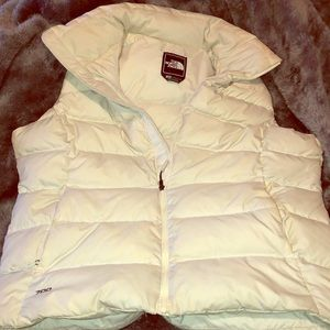 North face sleeveless jacket